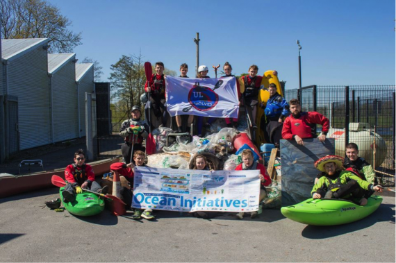 UL Kayak Club clean up on the river Shannon